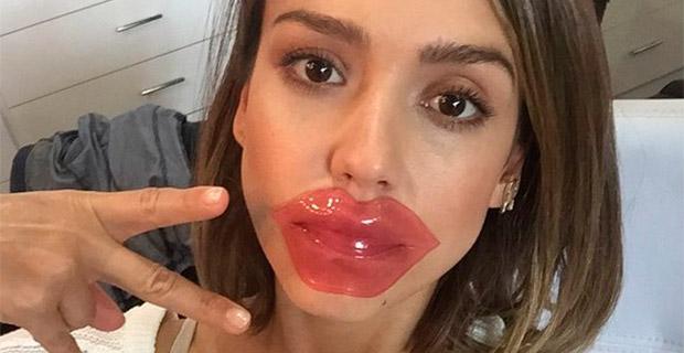 Звезды в соцсетях: накладные губы, еда МакКонахи и музейный Кевин Спейси